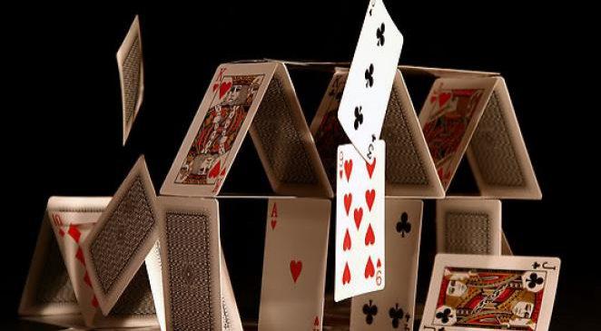 Batir une entreprise comme un chateau de carte pour échouer rapidement